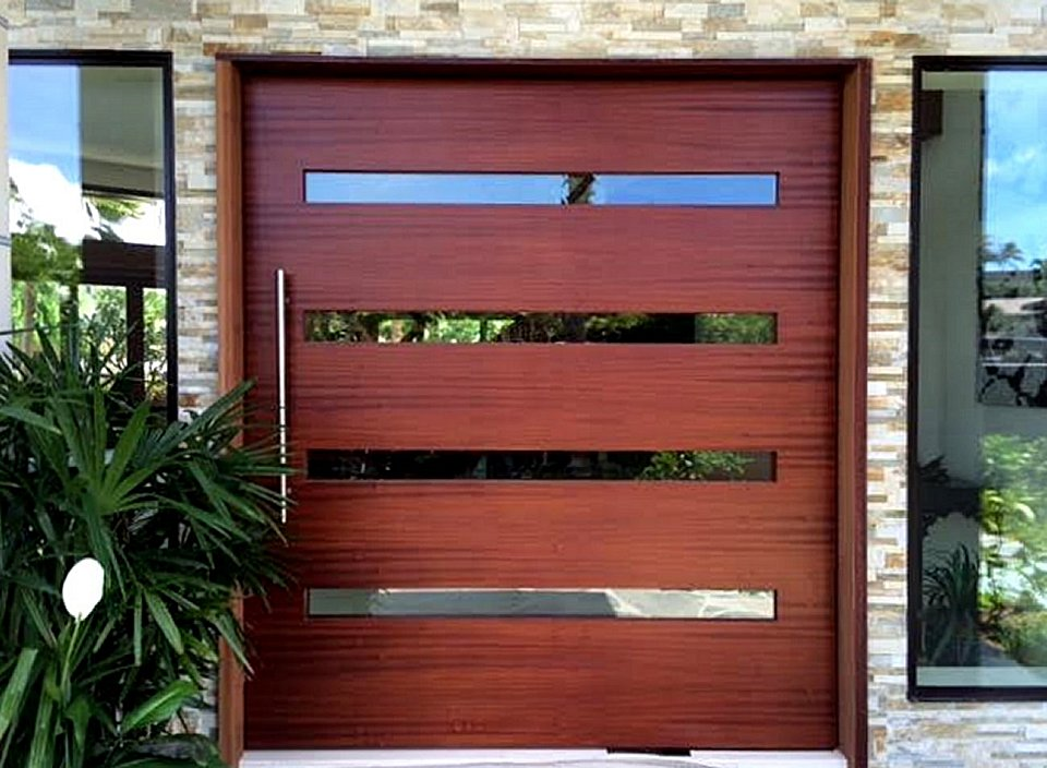Large Insulated high strength sing core pivot doors