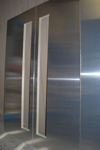 Glass large pivot door panel Sing Core