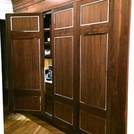 Walnut door skin sing core large pivot door closet